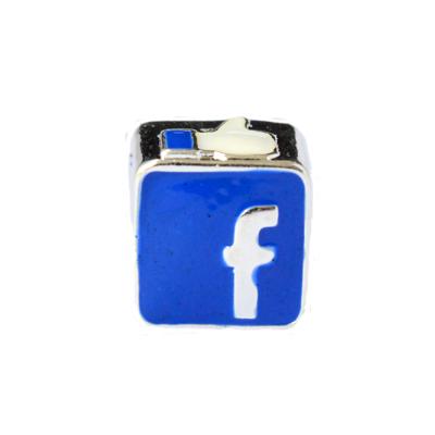 Berloque charm facebook